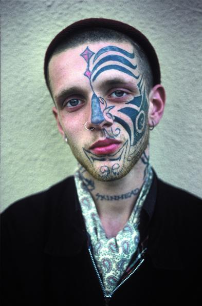 derek ridgers photographs  skinheads   tattoos  bleu
